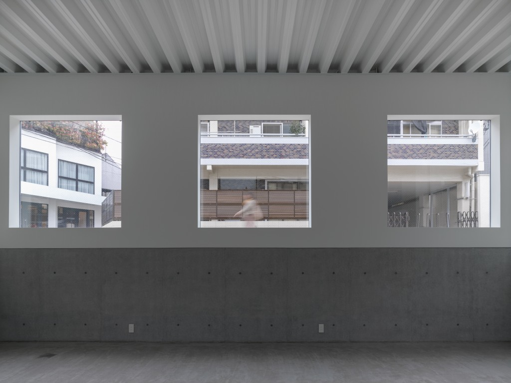 The Bright Window / Works写真9